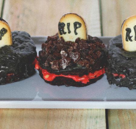 mini halloween cakes #midwestlovefest